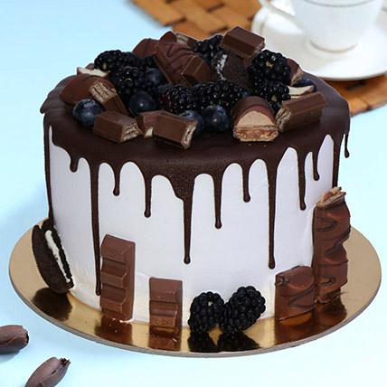 Delicious Choco Vanilla Cake 1kg: Send Cake to Saudi Arabia