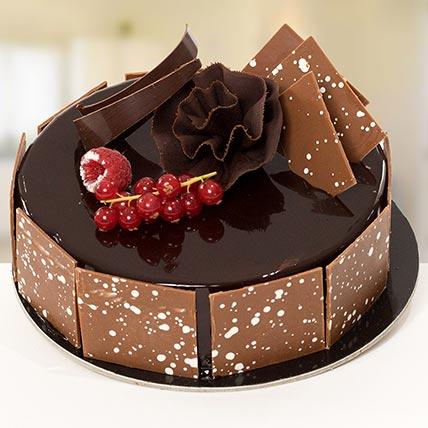 4 Portion Fudge Cake: Send Cake to Saudi Arabia