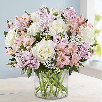 Vase Full Of Romance: Flower Delivery Jeddah