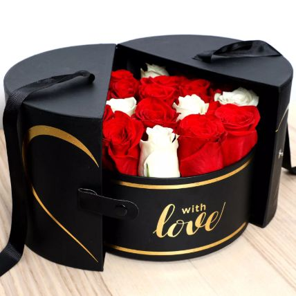 Luxurious Box Of Roses: Send Gifts to Saudi Arabia