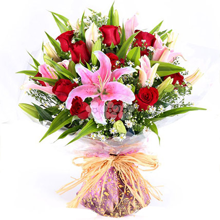 Bouquet Of Vibrant Florals: Send Gifts To Sri Lanka