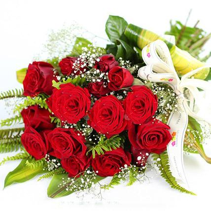 Love For Red Roses: Send Flowers To Sri Lanka